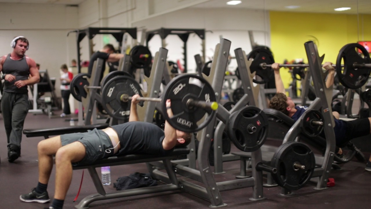 maxresdefault 1 - Increase bench press weights with this simple trick.